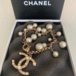 CHANEL Pearl Bracelet 24k Gold!